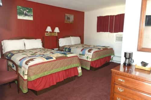 Saco River Motor Lodge & Suites Photo
