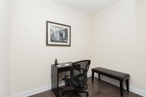 Hullmark Centre - Furnished Apartments Photo