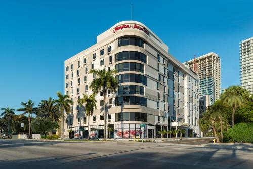 Hampton Inn & Suites Miami Midtown, FL in Miami