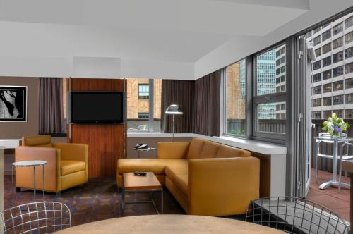 DoubleTree by Hilton Metropolitan New York City photo 11