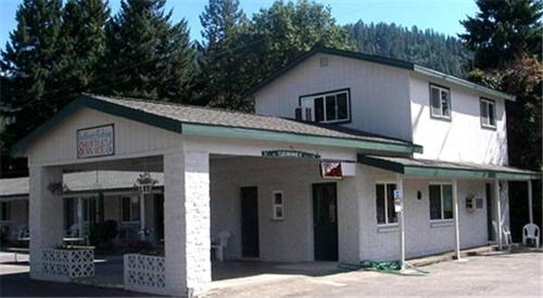 Forest Lodge Motel Photo
