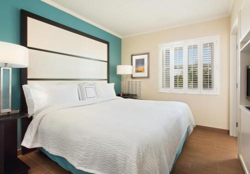 Fairfield Inn & Suites by Marriott Key West Photo