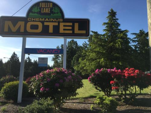 Fuller Lake Chemainus Motel Photo