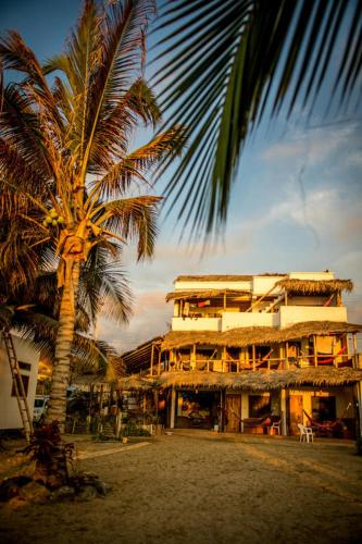 Coconut Surf Hotel