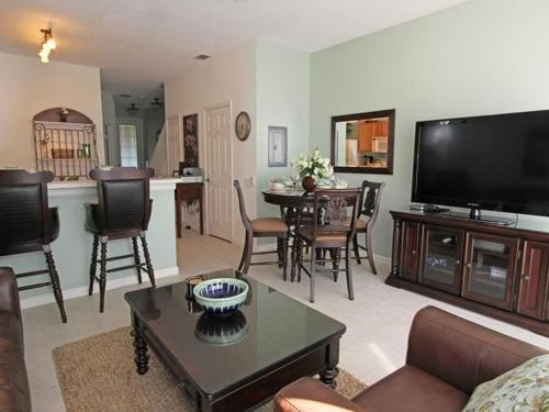 Windsor Palms Threebed Townhouse 5G7 Photo