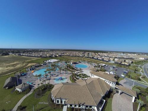 Champions Gate Resort Eight Bedroom House with Private Pool W1K Photo