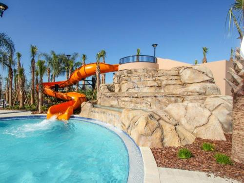 Solterra Six Bedroom House with Private Pool 4TG Photo