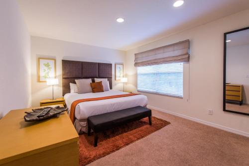 Regal Oaks Stay Orlando