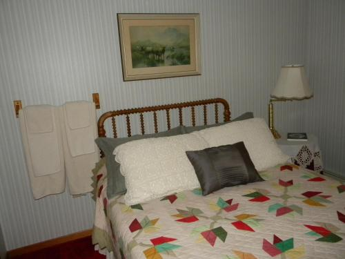 Elizabeth's Bed and Breakfast Photo