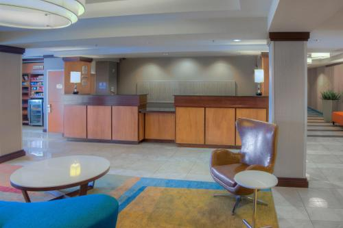 Fairfield Inn & Suites by Marriott Mobile Daphne/Eastern Shore Photo