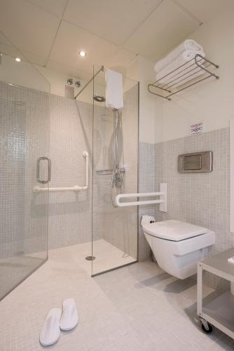 Superior Double Room with Extra Bed Hostal Boutique Alcoba 4