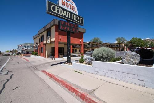 Vagabond Inn Cedar City Photo