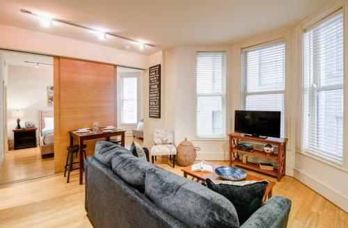 Common Street Apartment by Stay Alfred Photo