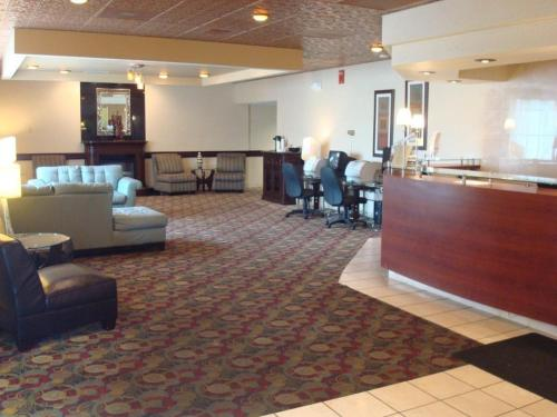 Howard Johnson Grand Forks, Nd