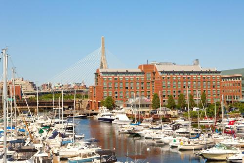 Residence Inn by Marriott Boston Harbor on Tudor Wharf Photo