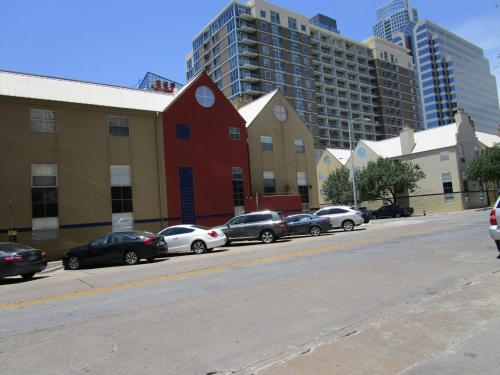The Railyard Condominiums Photo