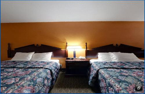 America's Best Value Inn Newnan Photo