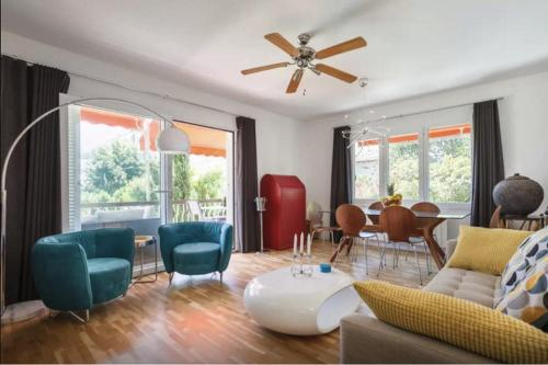 Pure Palm Springs Apartment Sitges