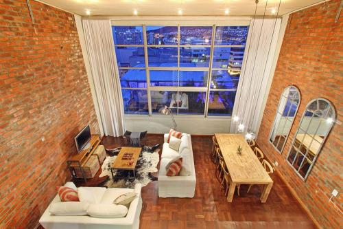 Mountain View Loft Photo