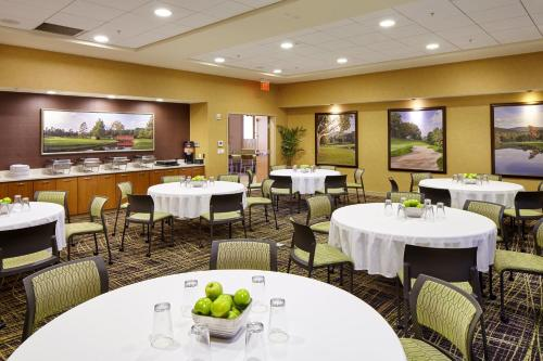 SpringHill Suites by Marriott Pittsburgh Latrobe Photo