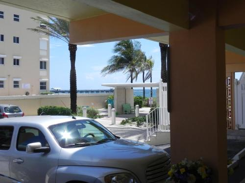 Windjammer Resort and Beach Club Photo