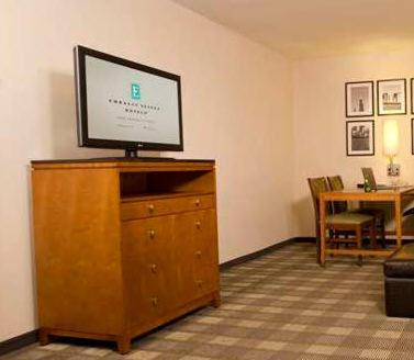 Embassy Suites Fayetteville Fort Bragg Photo