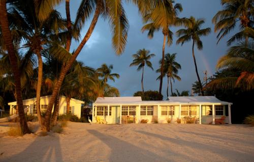 Pines & Palms Resort - Islamorada, FL 33036