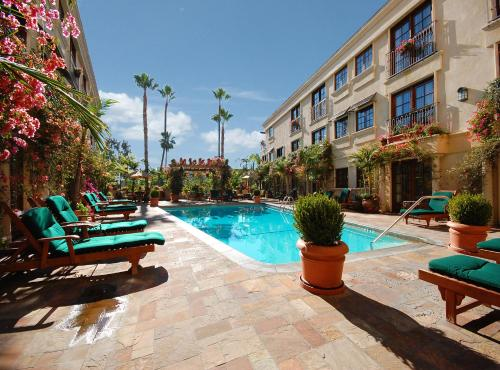 Best Western Plus Sunset Plaza Hotel - West Hollywood, CA 90069