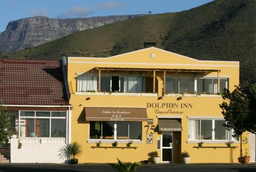 Dolphin Inn Guesthouse Photo