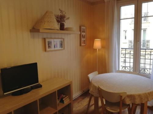 Apartment Joseph De Maistre photo 13