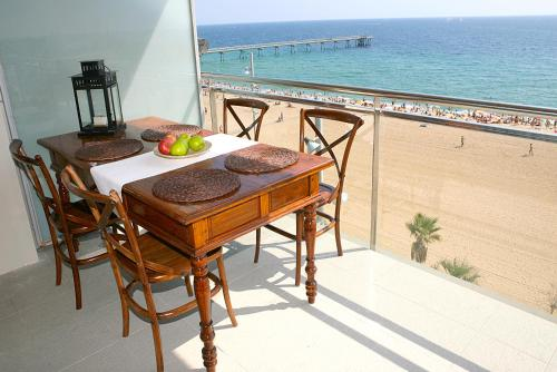 Great Sea-Side Barcelona Apartment photo 9