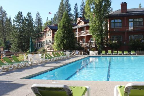 The Pines Resort & Conference Center Photo