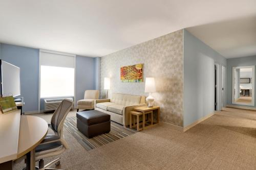 Home2 Suites By Hilton Hasbrouck Heights Photo