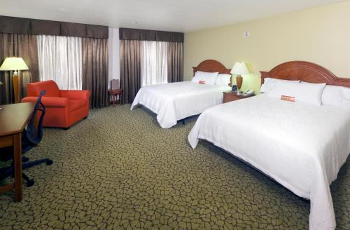 Hilton Garden Inn Ontario Rancho Cucamonga Photo