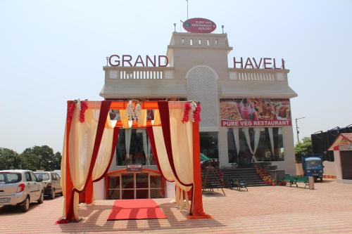 Hotel Grand Haveli Restaurant & Resort
