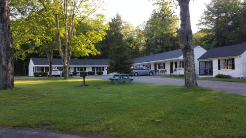 Franconia Notch Motel Photo