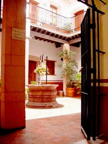 Hotel Reyna Soledad Photo