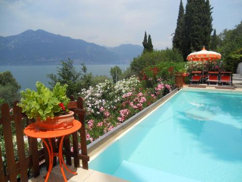 Residence Lago di Garda - Apartment mit 1 Schlafzimmer (2 Erwachsene + 3 Kinder)