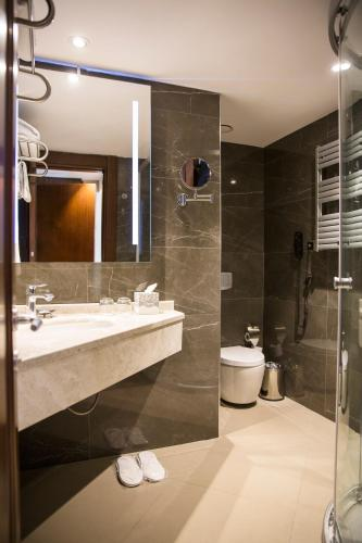 Grand Aras Hotel & Suites photo 45