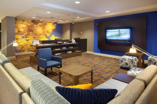 Courtyard by Marriott Orlando East/UCF Area photo 3