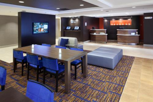 Courtyard by Marriott Orlando East/UCF Area photo 5