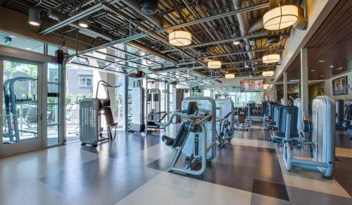 Lincoln Place by Synergy - Venice, CA 90291