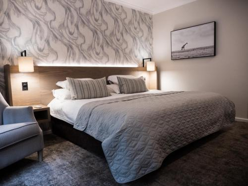 The Kelway Hotel Photo