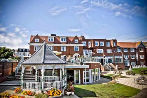 Best Western Livermead Cliff Hotel in Torquay from £53