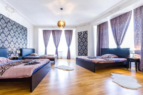 Top Wenceslas Square Apartment, Prague