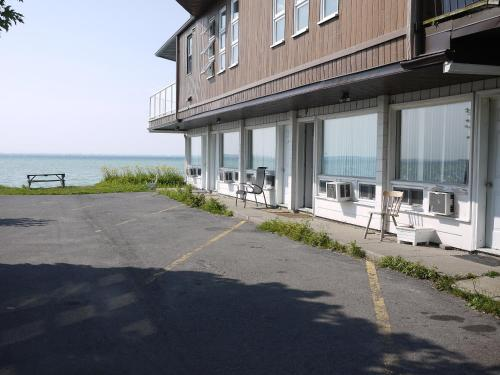 Motel Rive Du Lac Photo