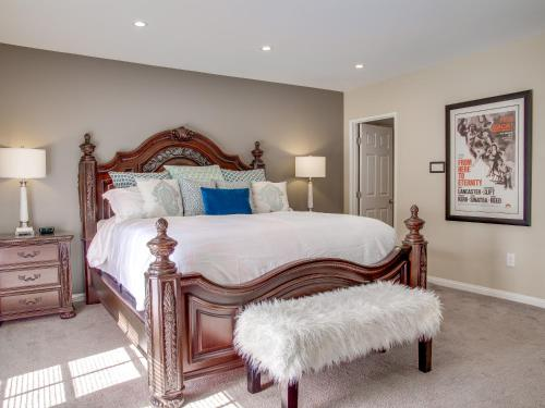 The High Road at Warm Sands - Palm Springs, CA 92264