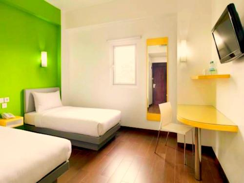 Amaris Hotel Nagoya Hill - Batam photo 24