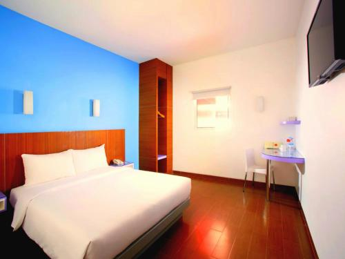 Amaris Hotel Nagoya Hill - Batam photo 31