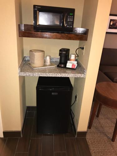 Comfort Suites - Dodge City Photo